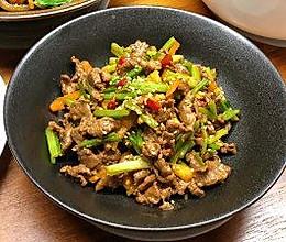 湘味小炒黄牛肉的做法