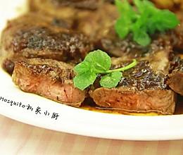 香煎黑胡椒牛排(7分熟)【Mosquito私家小厨】的做法