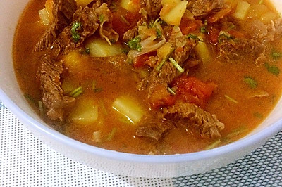 西红柿牛腩汤(孕妇食谱)