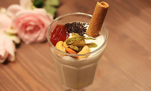 夏日冰品:超营养的驻颜酸奶的做法