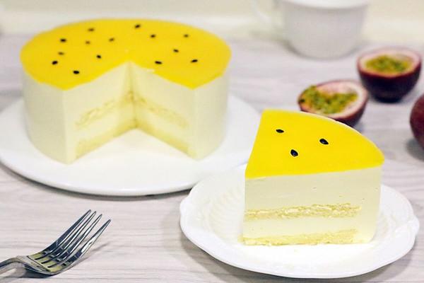 百香果慕斯蛋糕的做法