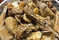 芋头焖鸭的做法