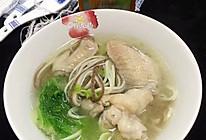 鲜鸡汁鸡翅白菜面条汤的做法