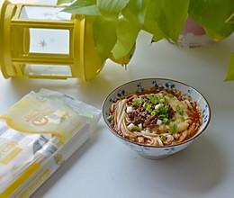 豌豆杂酱面的做法