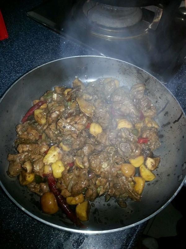 干锅鸭肉的做法