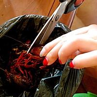 爆辣小龙虾(最详细小龙虾清理)的做法图解1