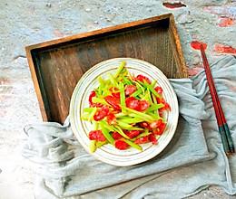 #无腊味,不新年#香芹炒腊肠的做法