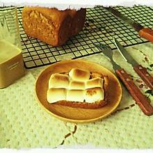 烤棉花糖和吐司
