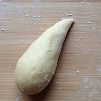 小热狗面包卷的做法图解2