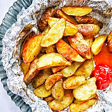 #美食新势力#巨简单又好吃的烤薯角