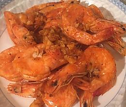 黑胡椒蒜香黄油虾的做法