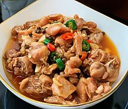鲜锅兔,美味的自贡名菜——兔肉的做法