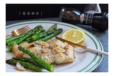 蒜煎鳕鱼#宜家让家更有味#