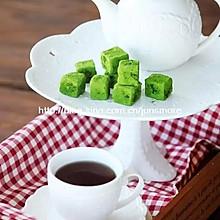 跟生巧一般顺滑的布朗尼,抹茶味儿和原味随你选~