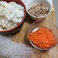 白菜凉拌粉丝——luke的做法图解1