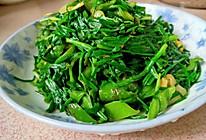 韭菜炒辣椒的做法