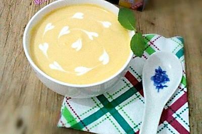 小甜品~南瓜奶油甜汤。