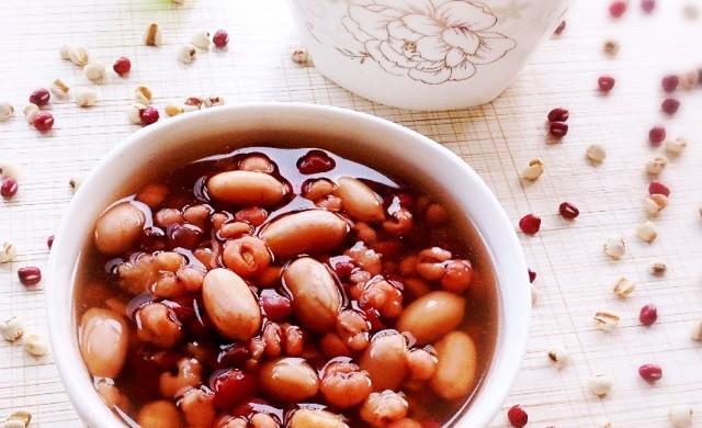 薏米红豆花生瘦身养颜粥