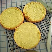 6寸芒果慕斯蛋糕的做法图解3