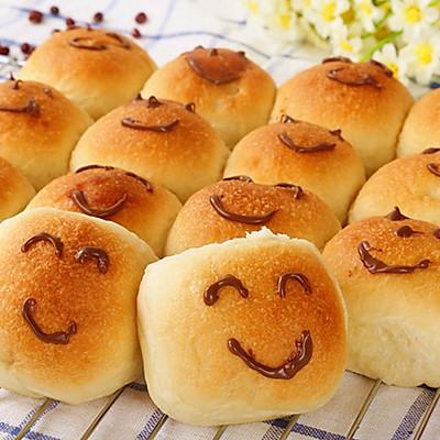 面包的做法(挤挤早餐包)
