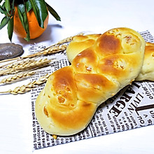 #金龙鱼精英100%烘焙大赛阿狗战队#香橙辫子面包