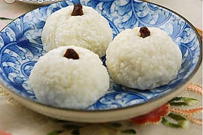 北京小吃    艾窝窝