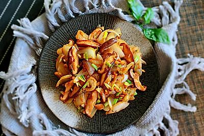 洋葱炒香菇