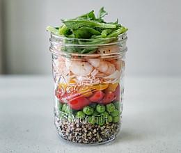 虾仁蟹柳梅森杯沙拉#厨房有维达洁净超省心#的做法