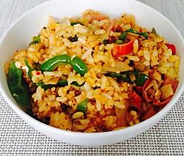 泡菜蟹柳青椒炒饭的做法