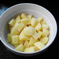 五花肉炖土豆的做法图解4
