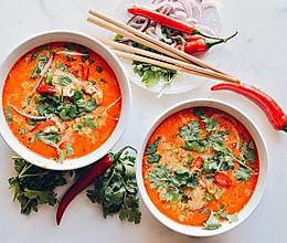泰式椰香红咖喱米线的做法