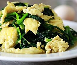 家宴中颜值担当的配角:菠菜炒鸡蛋#舌尖上的春宴#的做法