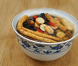 当归党参黄芪红枣乌鸡汤的做法