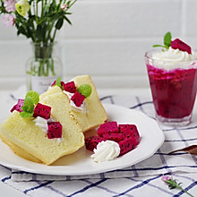 火龙果奶油早餐戚风蛋糕,简单装饰也很美#硬核菜谱制作人#