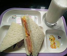 宝宝早餐三明治的做法
