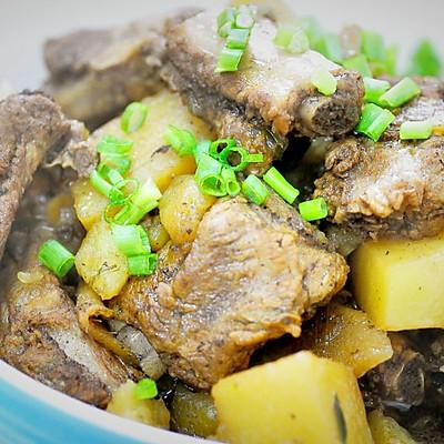 一食半刻 | 电饭煲土豆焖排骨