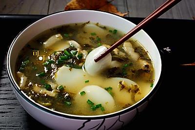 雪菜肉絲年糕湯:寧波人過年必吃美食#盛年錦食.憶年味