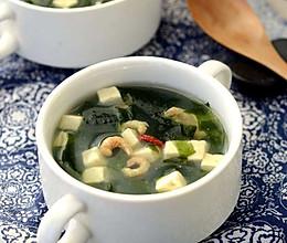 减脂-裙带菜豆腐汤的做法