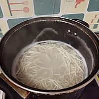 原汁鸡汤面的做法图解1