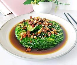 #爽口凉菜,开胃一夏!#腊味蓑衣黄瓜的做法