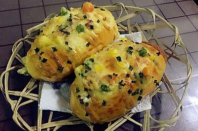 香葱色拉培根面包