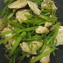减肥菜凉拌芹菜鸡胸肉