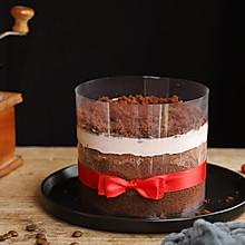 吃一口就爱上的爆浆奶盖可可蛋糕