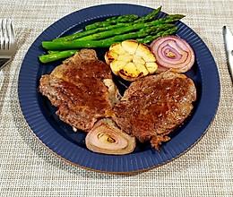 家庭版超级简单煎牛排的做法