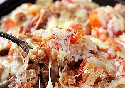 【家美厨房塔吉锅试用】不需要烤箱就能做的--番茄奶酪焗饭的做法