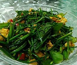 韭菜花炒蛋的做法