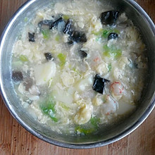 香菇虾仁青菜豆腐羹