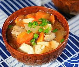 猪肉味增汤的做法