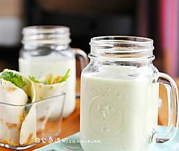 豆果独家:牛油果奶昔的做法