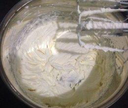 打发淡奶油的做法